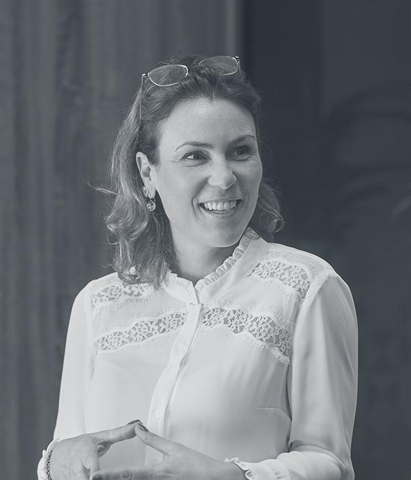 Laura Azevedo
